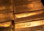 PRECIOUS-Gold set for fifth weekly gain as virus fears support safe havens