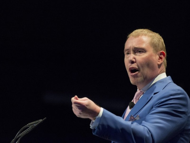© Thomson Reuters, File photo: Jeffrey Gundlach, chief executive and chief investment officer of DoubleLine Capital,  speaks during the Sohn Investment Conference in New York