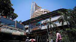 BRIEF-Multi Commodity Exchange Of India CFO Sanjay Wadhwa Resigns