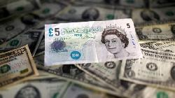 Forex- Sterling Hits 31-Month Highs, Dollar Dips