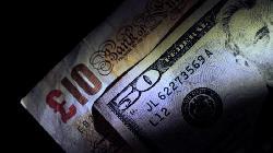 Dollar Edges Lower as Mood Improves on U.K. Border Reopening; Jobless Claims Eyed