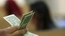FOREX-Dollar grinds higher on hopes for tariff delay; Swedish crown surges