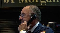 JPMorgan cuts emerging market currencies to 'underweight'