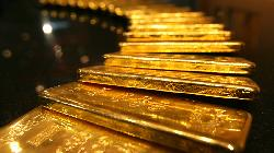 PRECIOUS-Gold falls on swift economic recovery hopes; Fed minutes eyed