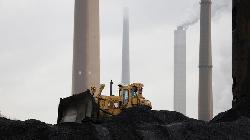 UPDATE 1-Australian coal miners flag finance, insurance difficulties