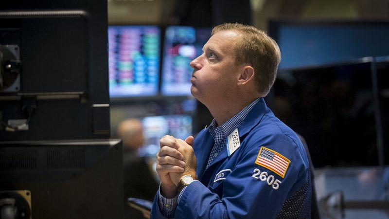 US STOCKS SNAPSHOT-Wall St extends losses after data shows business activity stalls - Investing.com India