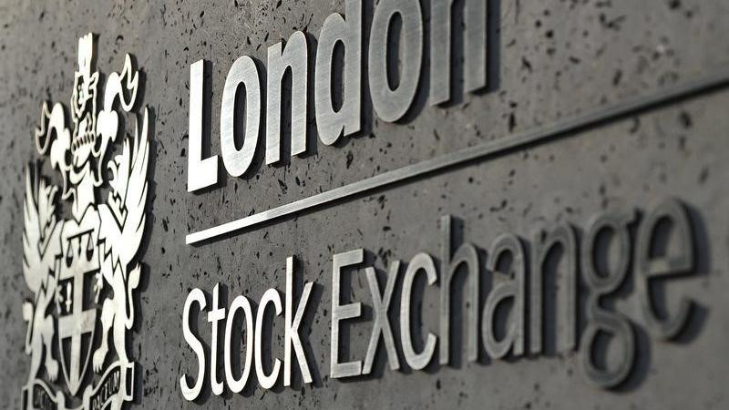 UK Stocks-Factors to watch on April 8 - Investing.com India