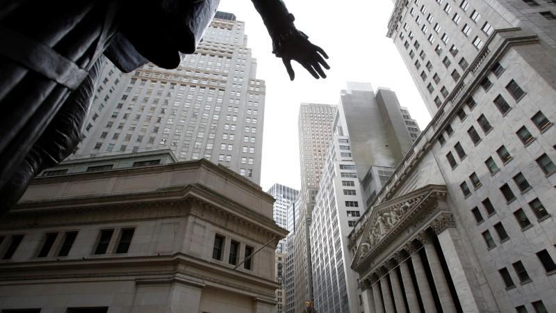 US STOCKS SNAPSHOT-Coronavirus fears, U.S. business data drag down Wall Street - Investing.com India