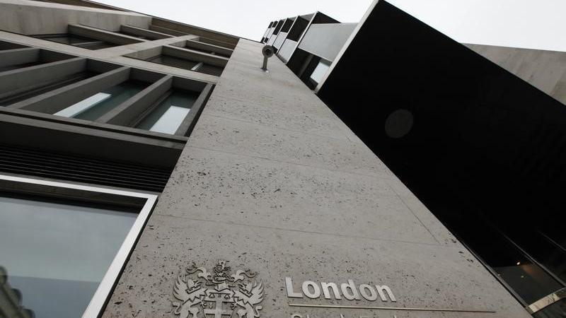 U.K. shares lower at close of trade; Investing.com United Kingdom 100 down 0.09%