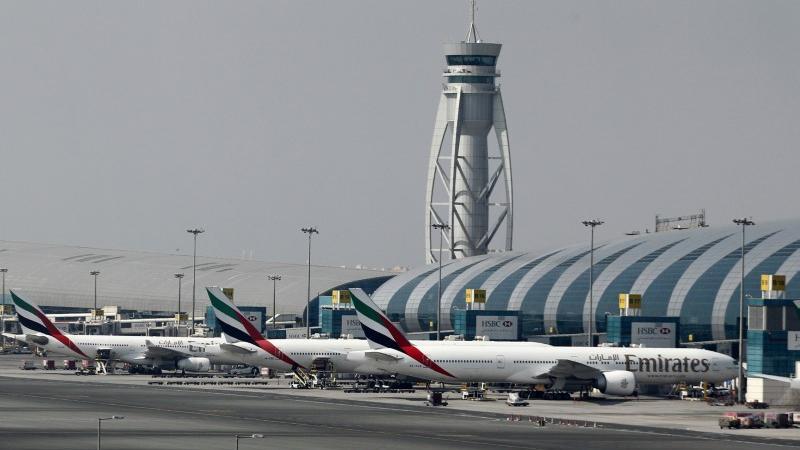 Breaking: Brent Falls Below $50 as Travel Sector Bears Brunt of Virus - Investing.com India