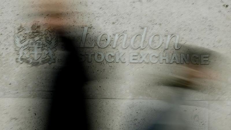 U.K. shares lower at close of trade; Investing.com United Kingdom 100 down 1.17%
