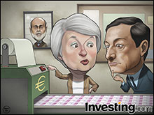 Euro sinks as ECB monetary policy diverges from Fed.