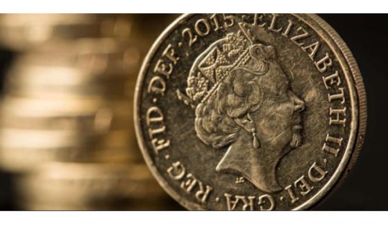 经济萎缩且英银官员放鸽,1月降息预期骤升,英镑恐难守住1.30