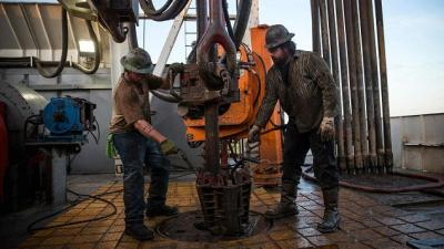 IEA: Sự tăng trưởng bứt phá của dầu đá phiến Mỹ có thể buộc OPEC phải hành động trong thời gian tới