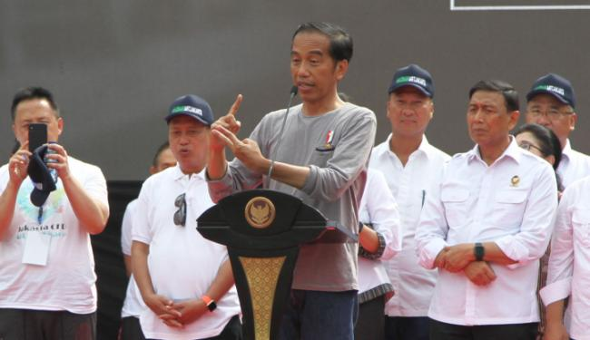 Resmikan MRT Pakai Kaos Oblong, Gerindra Tanya Revolusi Mental Jokowi