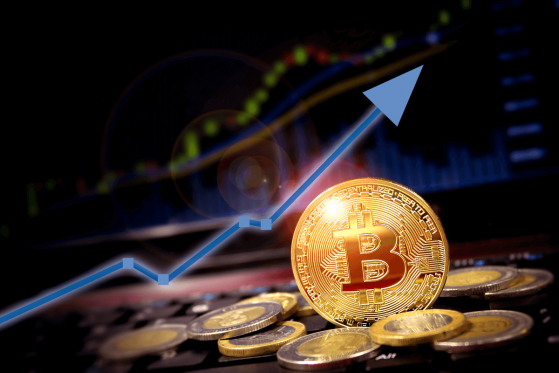 Bitcoin (BTC) Technical Analysis: World Financial Markets in the Red, Bitcoin on the Move - Is Something Happening Here?