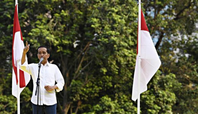 © Warta Ekonomi. Ketika Jokowi Sebut Antek Asing 3 Kali