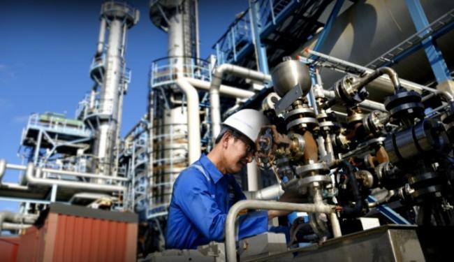 © Warta Ekonomi. Perkuat Industri Strategis, Surveyor Indonesia Gandeng Enam BUMN