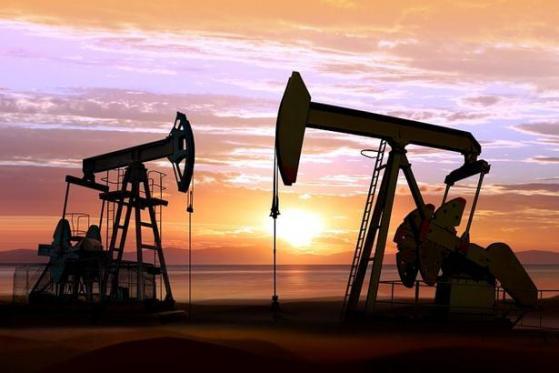 """INE原油创近两周新低!贸易局势不确定性犹在,知名机构给需求前景""""拆台"""""""