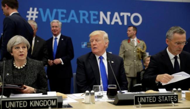 © Warta Ekonomi. Di Forum NATO, Trump Tuntut Ini ke Sekutu