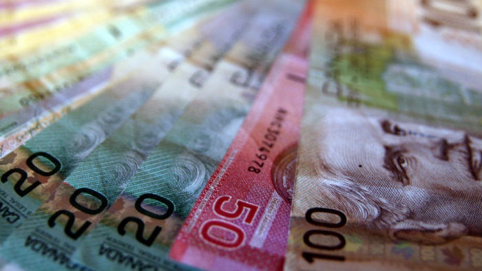 Retirees: 3 Top High-Yield Canadian Stocks With Monthly Payouts By The
