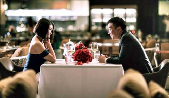 Miliarder Ini Habiskan 2 Juta Dolar untuk Kencan Romantis Sambil Beramal, Lho Kok Bisa?
