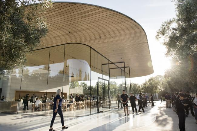 © Bloomberg. Apple's main campus in Cupertino. Photographer: Michael Short/Bloomberg