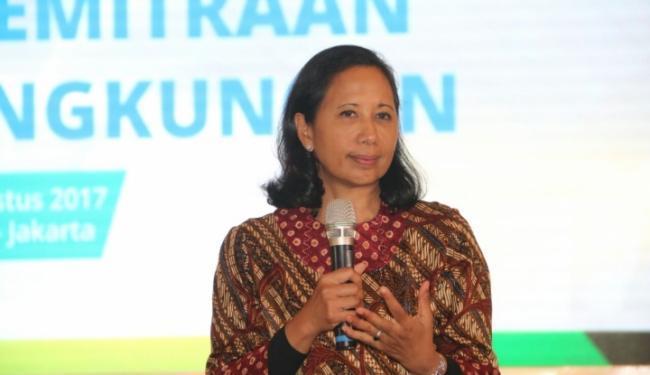 © Warta Ekonomi. Menteri Rini Dorong BUMN Tingkatkan Rasio Elektrifikasi Jawa Barat