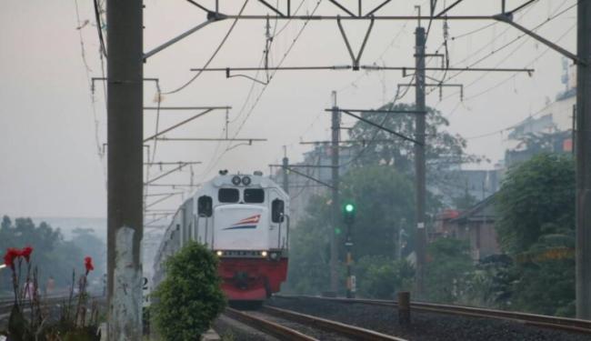 © Warta Ekonomi. Long Weekend, KAI Daop 1 Jalankan 8 Kereta Api Tambahan