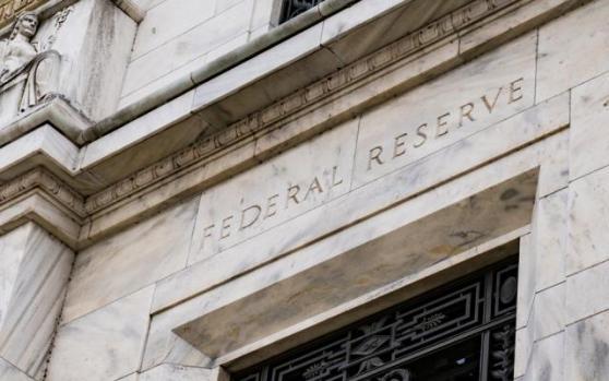 国际金价延续上日暴涨势头,创一周半新高;缓解美元流动性紧张,美联储拼尽极限