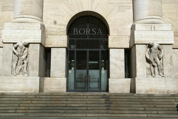 © Ansa. Borsa Milano chiude male con Madrid
