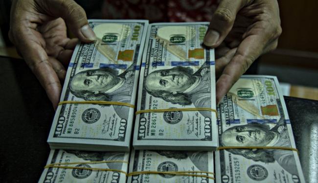 Turun Tipis, Dampak Investor Tunggu Hasil Pertemuan Fed