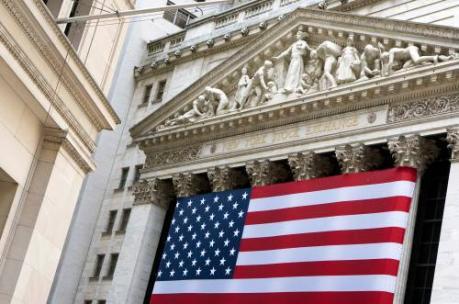 Wall Street sluit licht lager op Fed-dag