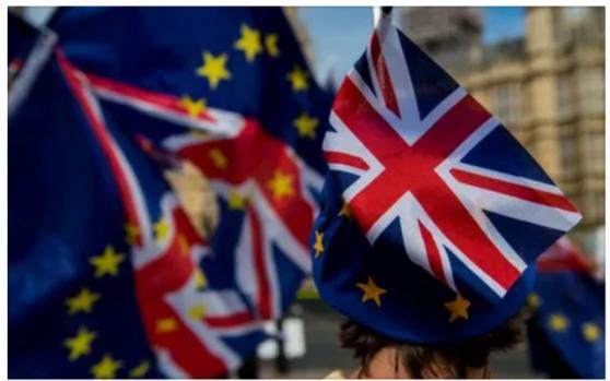 约翰逊脱欧法案成功闯关下院,英镑仍跌至两周新低回踩1.30,因欧盟和英因均发出警告