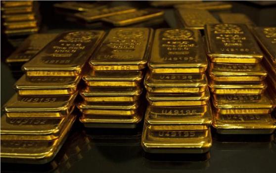 现货黄金继续走低,回落调整空间预计15-20美元;但利多因素仍明显,关键看一风向标