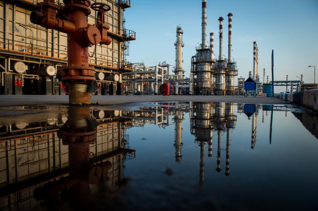 Crude Oil Poised for Biggest Weekly Advance Since Early April