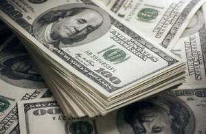 Απώλειες για ευρώ και γεν έναντι του δολαρίου