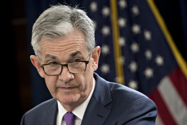 Powell Says Strong Economy Faces Headwinds as Fed Weighs Policy