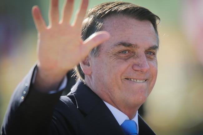 Bolsonaro to Meet China's Xi in Bid to Balance Ties With U.S.