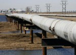 UPDATE 2-U.S. oil prices rise to two-year high on Keystone pipeline outage