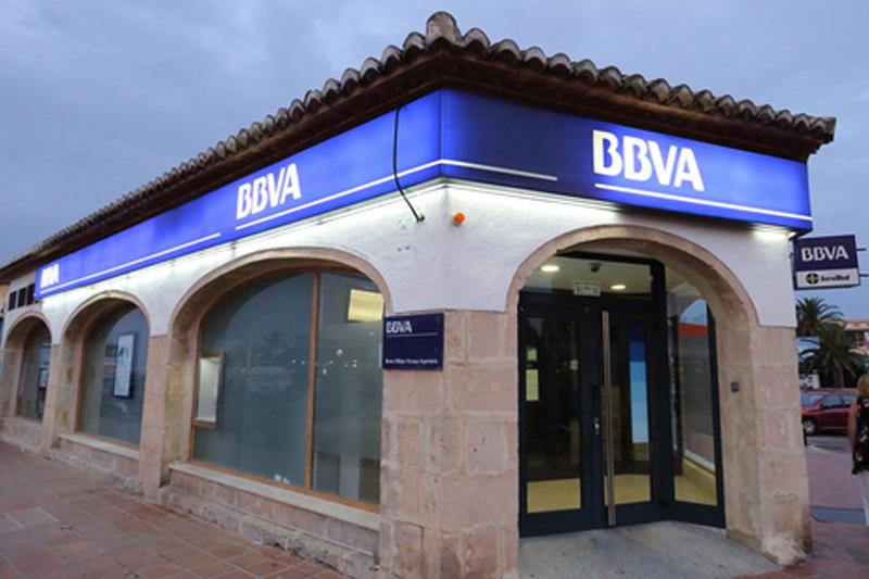 BBVA pagará un dividendo complementario al de 2017 de 0,15 euros en abril
