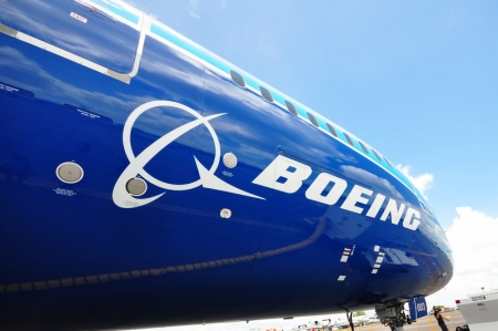 ENTREVISTA-Boeing adota estratégia para manter 777X no prazo após problema em motor