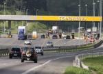 Compre ações da CCR e Ecorodovias, indica Santander