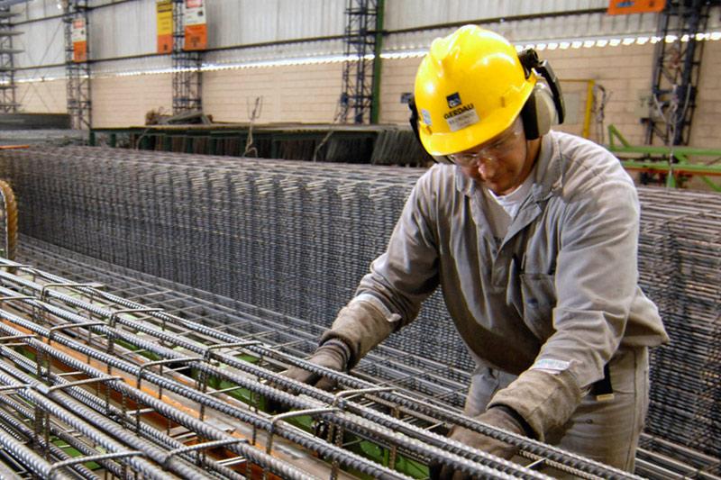 Minério de ferro volta a registrar forte queda na bolsa de Dalian