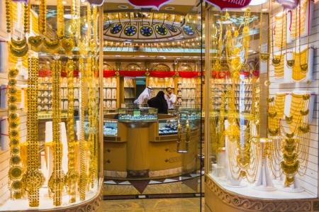 بدون توترات الشرق الأوسط، سيهبط الذهب خلال الأسبوعين القادمين، مع ارتفاع البلاديوم