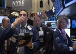 Stocks - Dow Sheds 600 Points as Apple Slump Triggers Tech Wreck