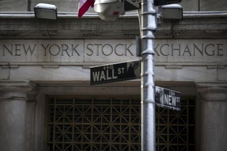 U.S. shares higher at close of trade; Dow Jones Industrial Average up 0.84%