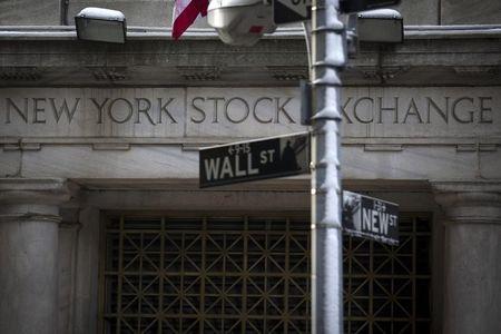 E.U.A. - Ações fecharam o pregão em queda e o Índice Dow Jones Industrial Average recuou 0,78%