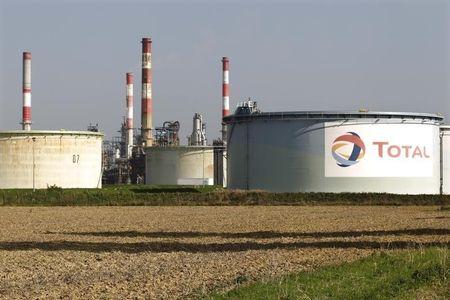 """نبض الأسهم: شركات قطاع """"النفط"""" تتلقى صفعة من وكالة الطاقة الدولية"""