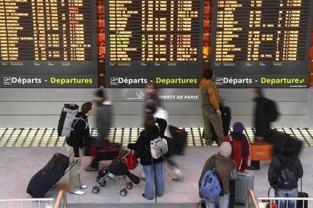 """中信:启用大兴机场仅影响首都机场短期业绩 上调至""""买入""""评级"""